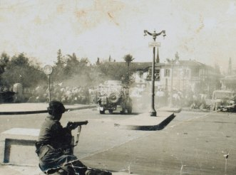 Street_riot_in_Nicosia_1956